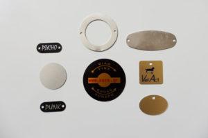 Δυνατότητα κοπής και εκτύπωσης σε διάφορα σχέδια με μηχανουργικά καλούπια για ειδικές κατασκευές